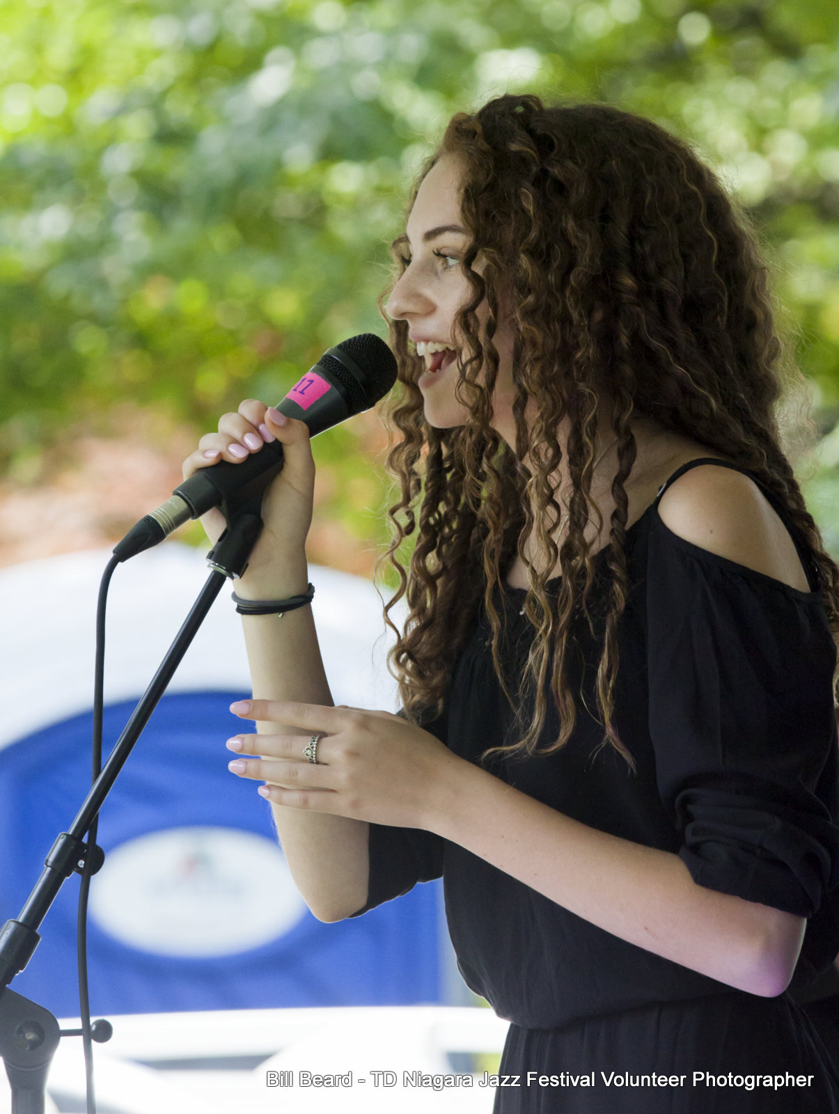 JAZZ on the RISE - Canada 150 Celebration - Megalomaniac Winery - Youth Performer: Avery Raquel (Vocals) Sunday, July 30th, 2017. Photo: Cosmo Condina